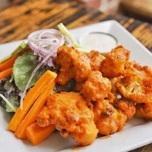 Vegan Cauliflower Buffalo Wings LA Los Angeles vegan restaurants la