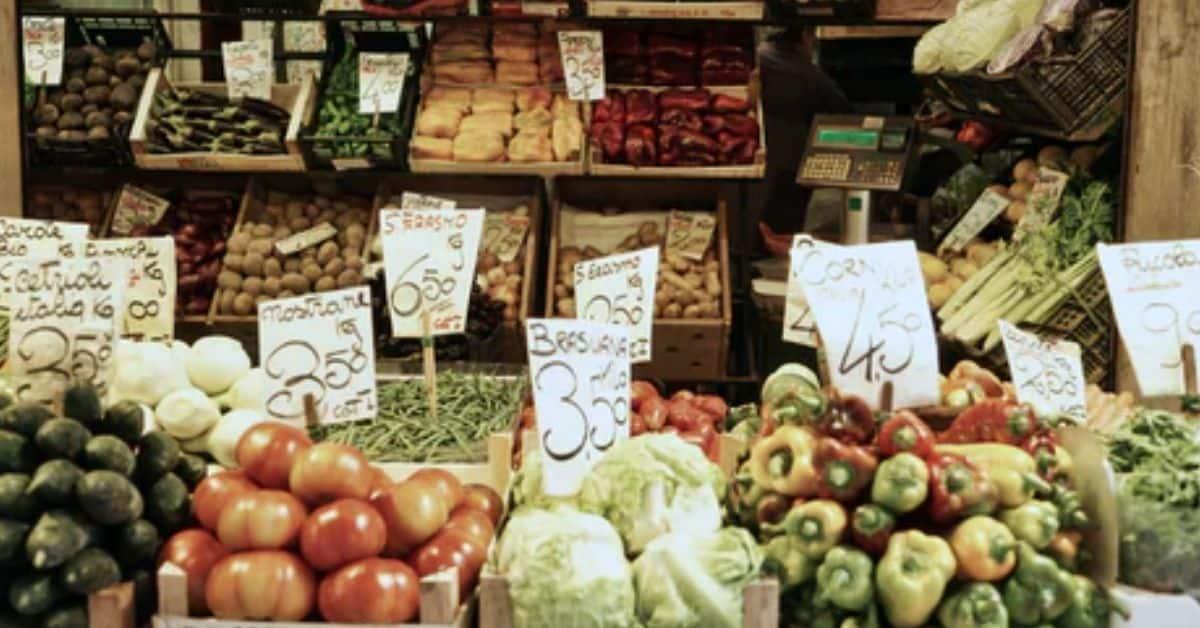 eco-friendly farmers' market